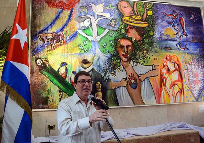 Develan en La Habana mural artístico Resistencia contra el bloqueo (+ fotos)