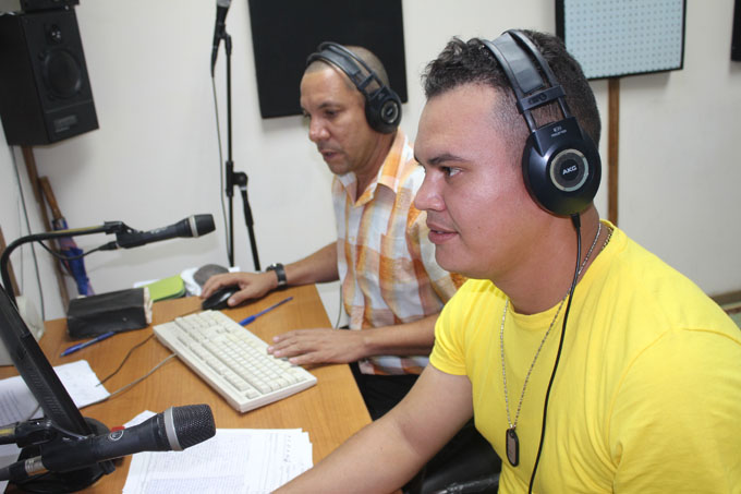Premian a radialistas guiseros en Festival municipal