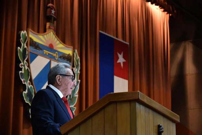 Raúl Castro advierte a EE.UU. que acciones contra la Revolución fracasarán