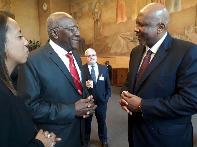 Primer vicepresidente de Cuba se reúne con director general de la OIT (+ fotos)