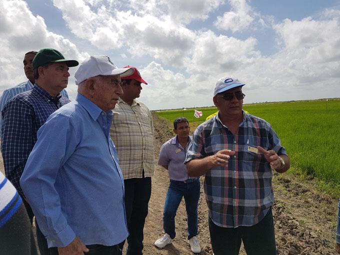 Recorre Machado Ventura objetivos económicos en Granma