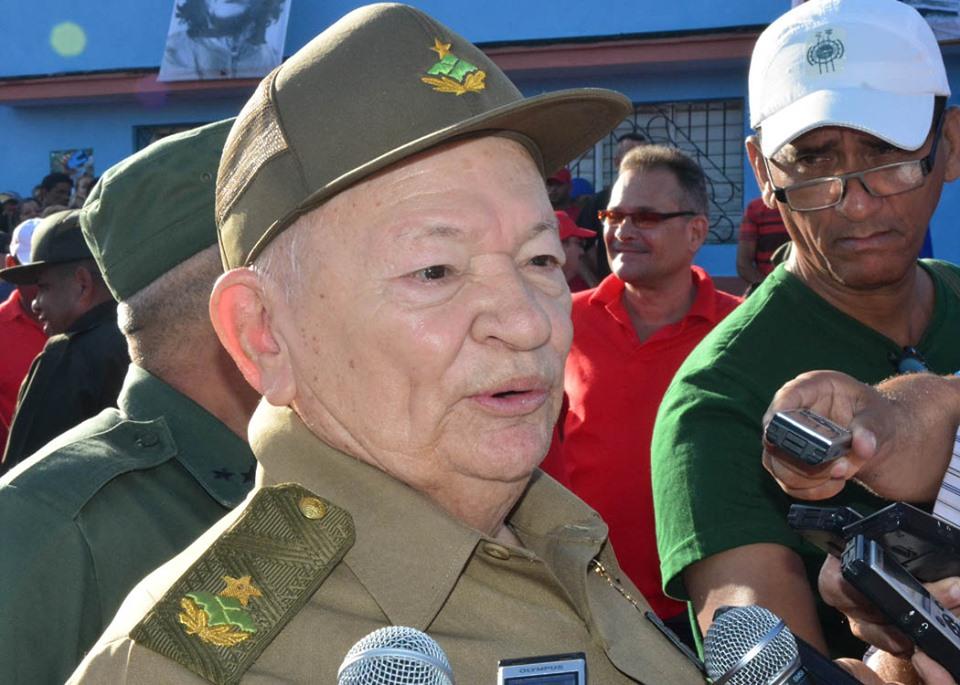 Comandante de la Revolución califica la sede del 26 de Julio en Granma de rotunda victoria