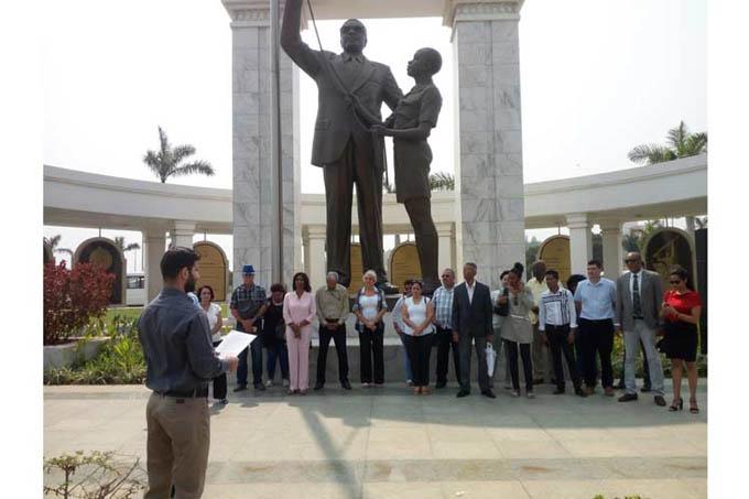 Inician jornada por fecha patria cubana en memorial a angoleño Neto (+Fotos)
