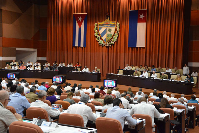 Parlamento cubano con varios proyectos de ley en agenda