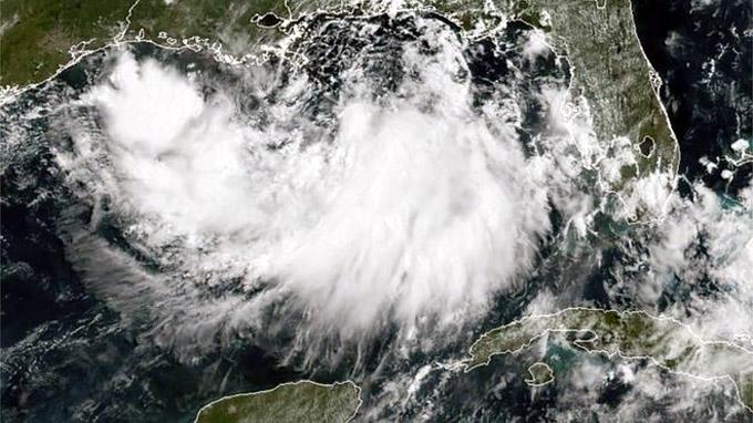 Tormenta tropical Barry debe golpear como huracán a Luisiana, EE.UU.