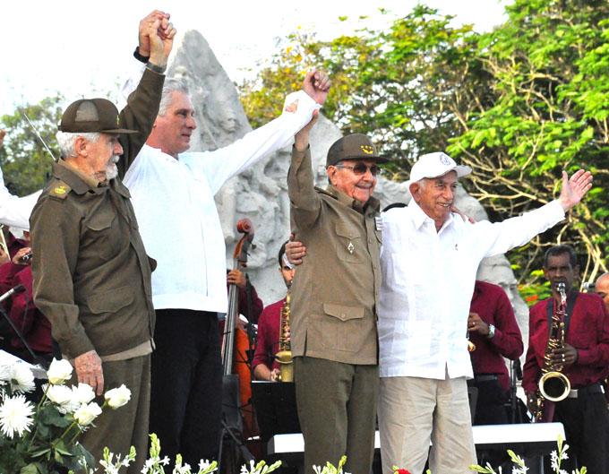 Presidieron Raúl y Díaz-Canel acto por el  26 de Julio en Granma (+ fotos y videos)