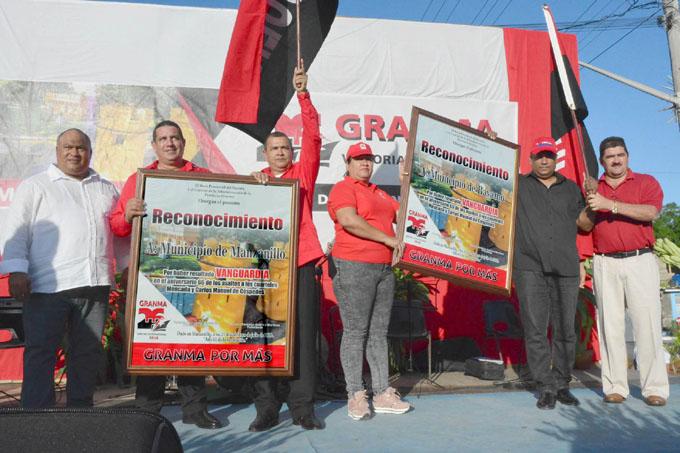 Realizan en Manzanillo acto provincial por el 26 de Julio (+ fotos)