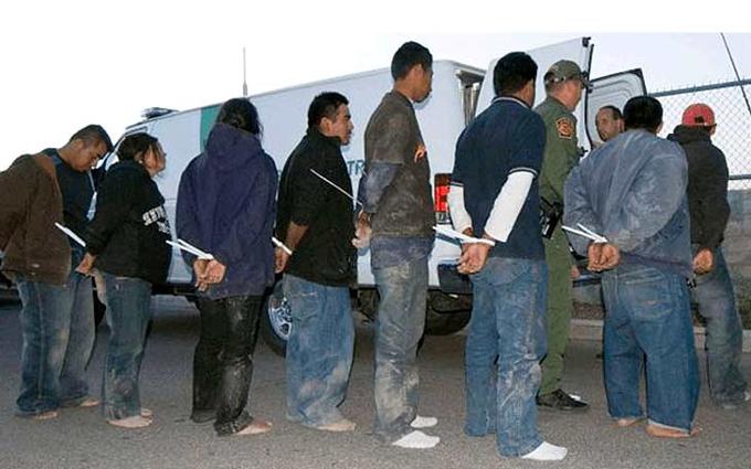 EE.UU. incrementará las deportaciones aceleradas de indocumentados