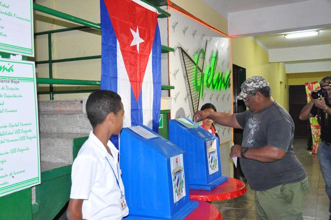 Aprueban ley Electoral en Cuba