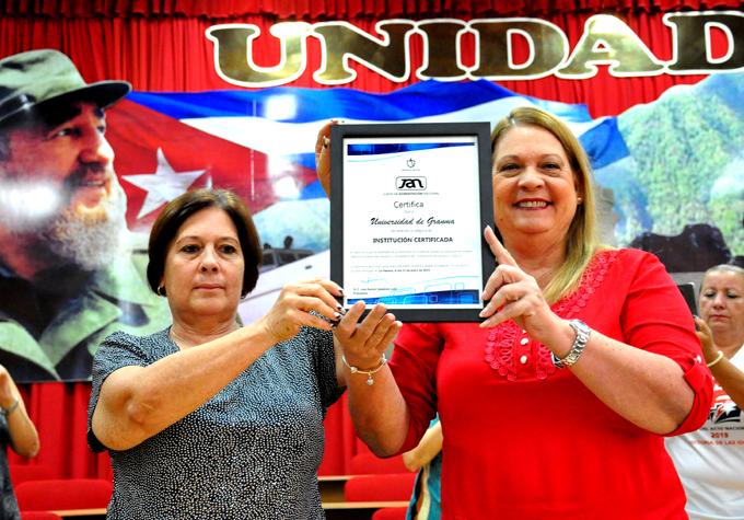 Acreditan como institución certificada a la Universidad de Granma.