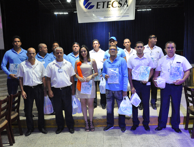 Premian trabajos en plenaria del Fórum de Ciencia y Técnica en Etecsa