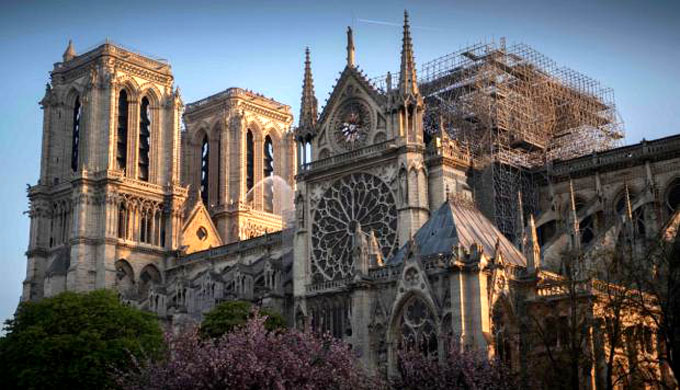 Adopta Asamblea Nacional francesa polémico proyecto sobre Notre Dame