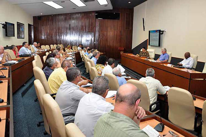 Cuba por más turismo pese a escollos del bloqueo de EE.UU.