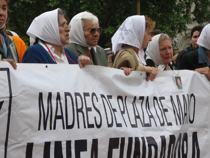 Reanudan juicio en Argentina por crímenes en Campo de Mayo