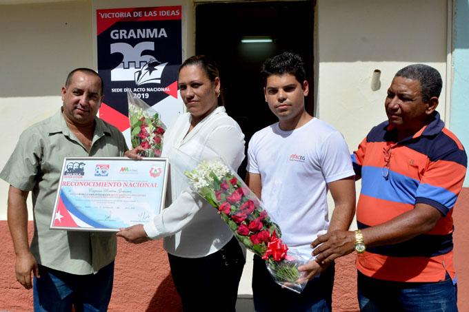 #GranmaEn26: Recibe reconocimiento Empresa porcina (+ fotos)