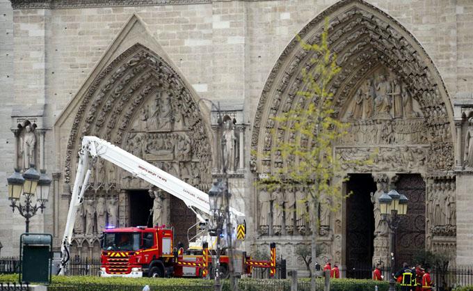 Colecta pública para restaurar Notre-Dame supera 23 millones de euros