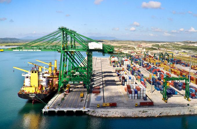Pese al cruel bloqueo de EE.UU., Cuba impulsa la inversión extranjera