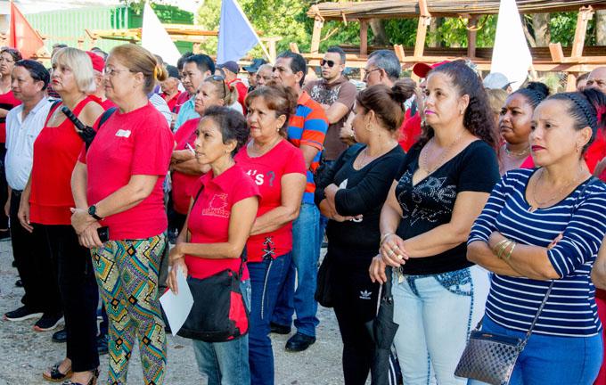 #GranmaEn26: Reconocen a los  agropecuarios por sus aportes