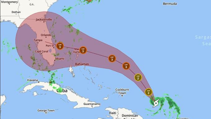 Bahamas alerta a la trayectoria de huracán Dorian