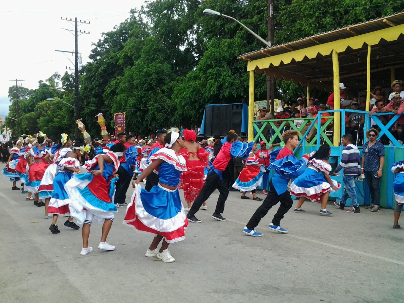 """Carnaval """"de vuelta completa"""""""