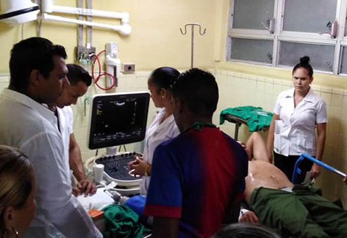 Atienden en Manzanillo a lesionados por accidente de tránsito (+fotos)