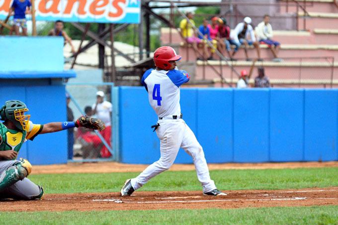 Alazanes estrenan casillero de victorias en temporada beisbolera