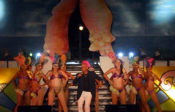 Música y colores abren carnaval manzanillero