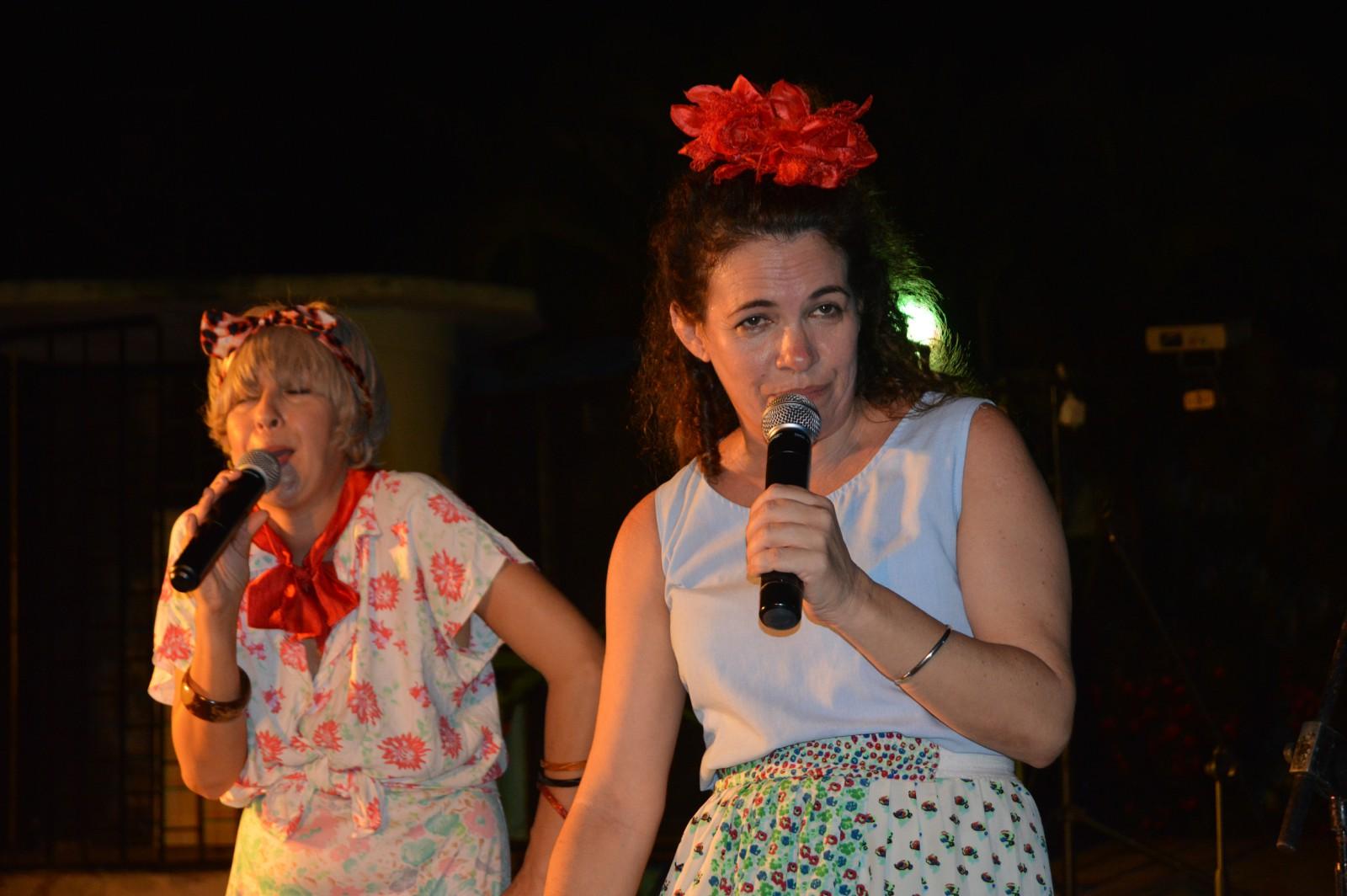 """Artistas cubanos de """"El Madrugazo"""" agradecen abrazo de los manzanilleros"""