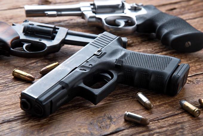 Congreso de EE.UU. valora leyes sobre armas en medio de divisiones