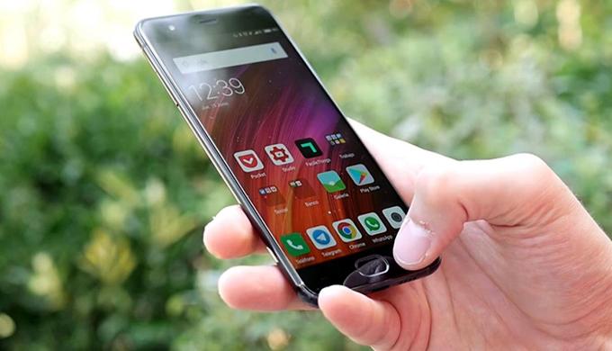 Alertan sobre estafas a través de celulares