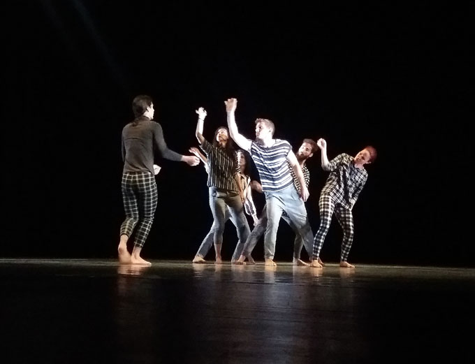 Danza Teatro Retazo se presenta en Bayamo