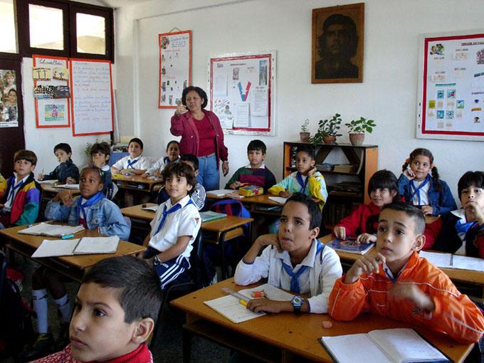 Cuba y Jamaica consolidan cooperación educativa
