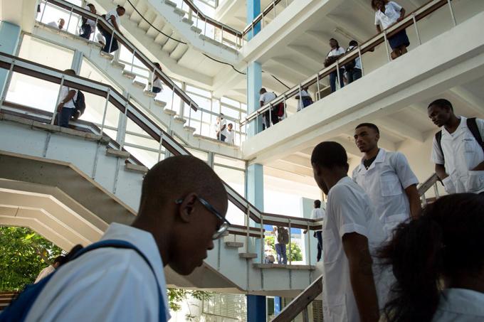 Más de un centenar de mongoles graduados en universidades cubanas