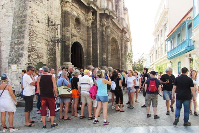 Satisfechos turoperadores por tres millones de turistas en Cuba