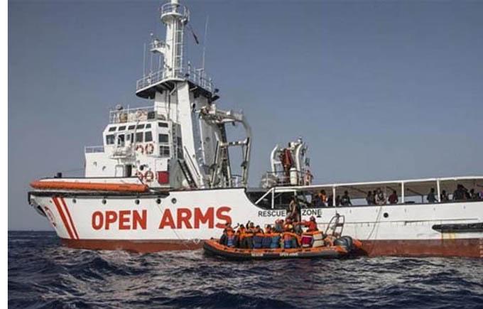 España acogerá a algunos migrantes del Open Arms, según prensa