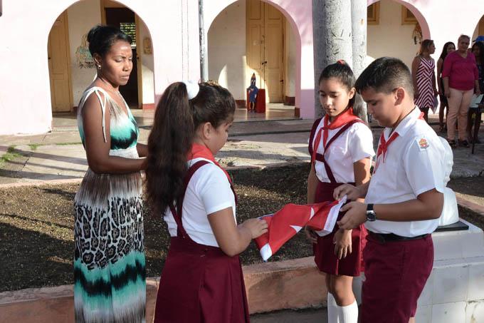 Presidente de Cuba desea feliz comienzo del curso escolar 2019-2020