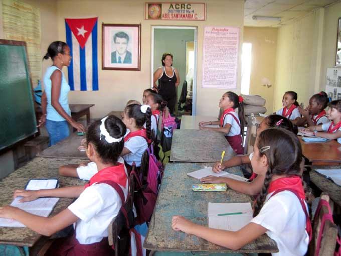 Bloqueo afecta calidad de la Educación en Cuba, denuncian autoridades