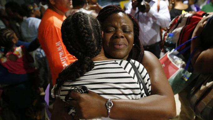 Cooperantes cubanos continúan sus labores en Bahamas