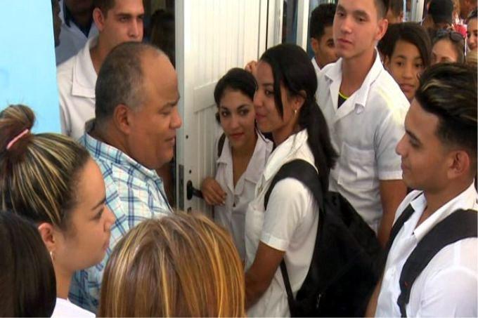 Evalúan autoridades de la provincia Granma el avance del curso escolar