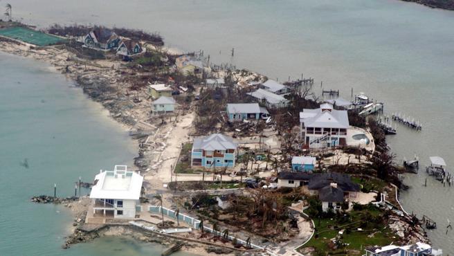 Confirman 30 fallecidos en Bahamas tras huracán Dorian