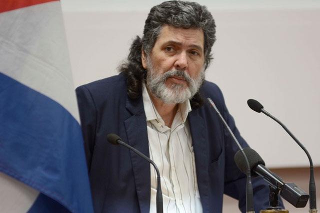 Abel Prieto expone en Unesco obra cultural de la revolución cubana