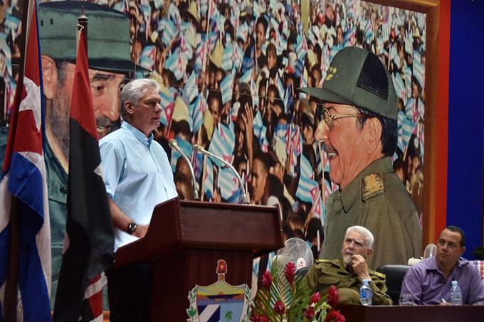 Díaz-Canel realza respuesta de cubanos ante situación energética