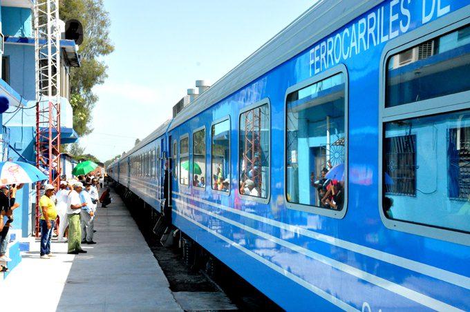 Cambia tren Manzanillo-Habana horario y frecuencia