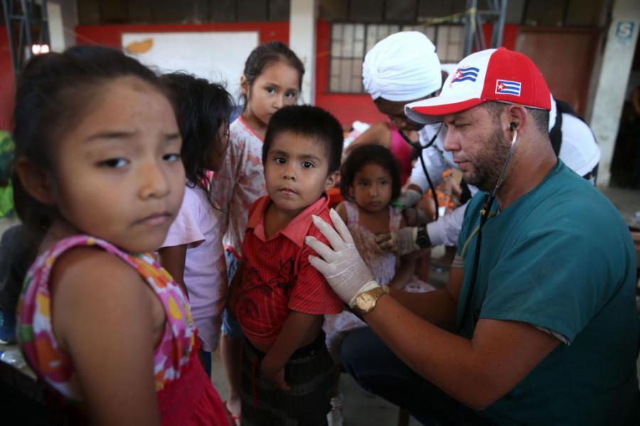 Campaña contra médicos cubanos, una nueva enfermedad estadounidense