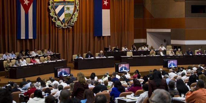 Presentan candidatura para Parlamento y Consejo de Estado de Cuba
