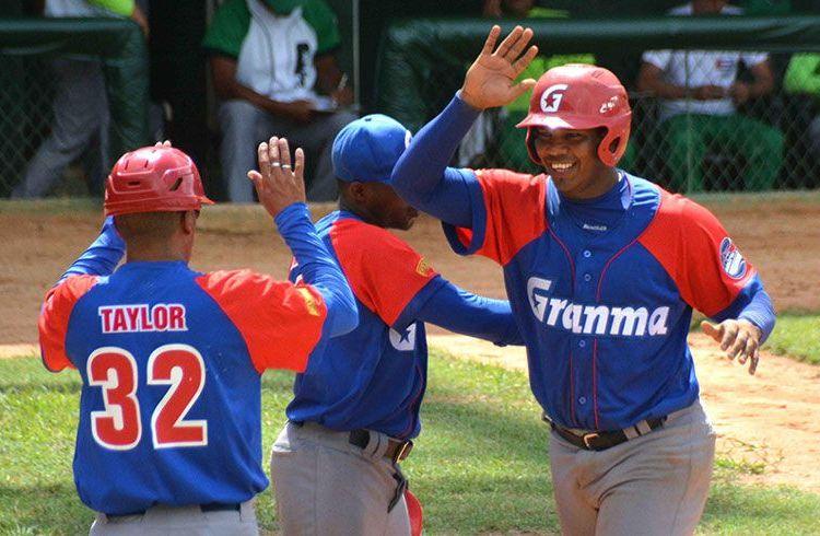 Renacen opciones para Granma de avanzar directo en béisbol cubano
