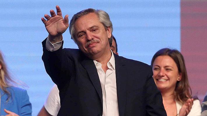 Recién electo presidente argentino con equipo listo para transición