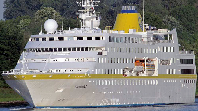 Arribo de crucero alemán abre temporada alta de turismo en Cuba