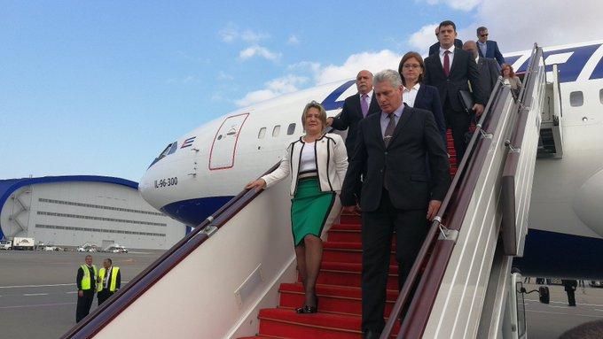 Presidente de Cuba en Azerbaiyán para cumbre de los No Alineados (+ video)