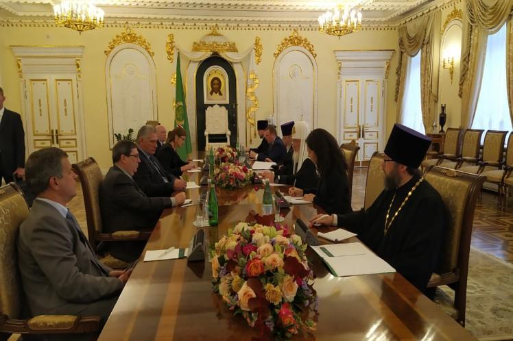 Presidente de Cuba se reunió con Patriarca Kirill en Moscú